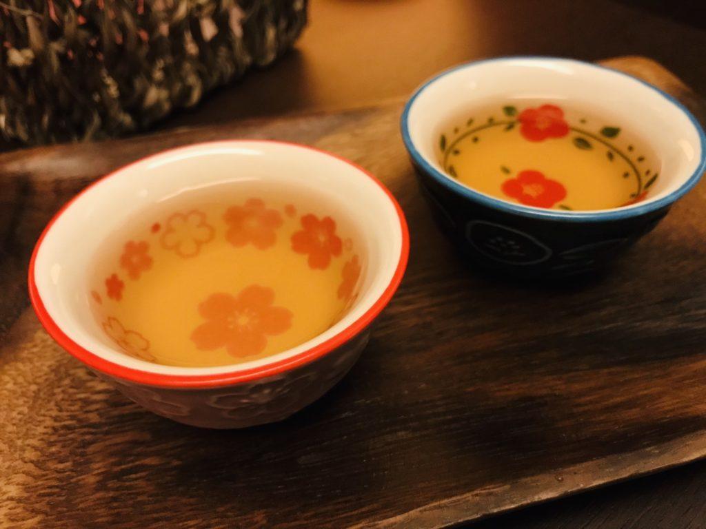 今月のサービスティーは【ルイボスティー】  ‐健康茶でひと息‐
