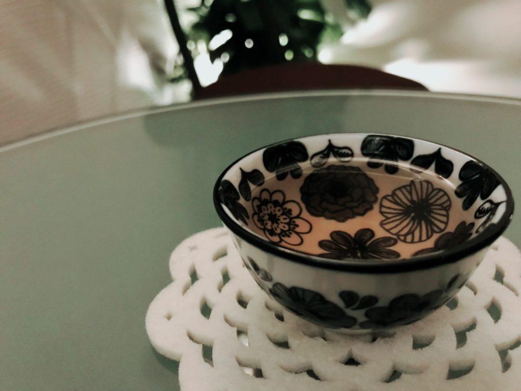 今月のサービスティーは【コーン茶(ひげ入り)】  ‐健康茶でひと息‐