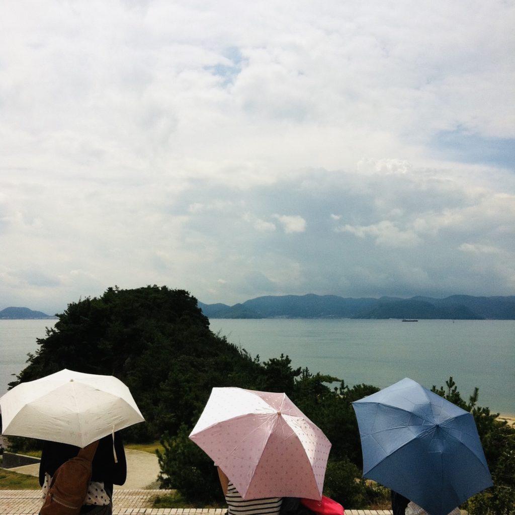 【雨の日】にカラダはむくむの?